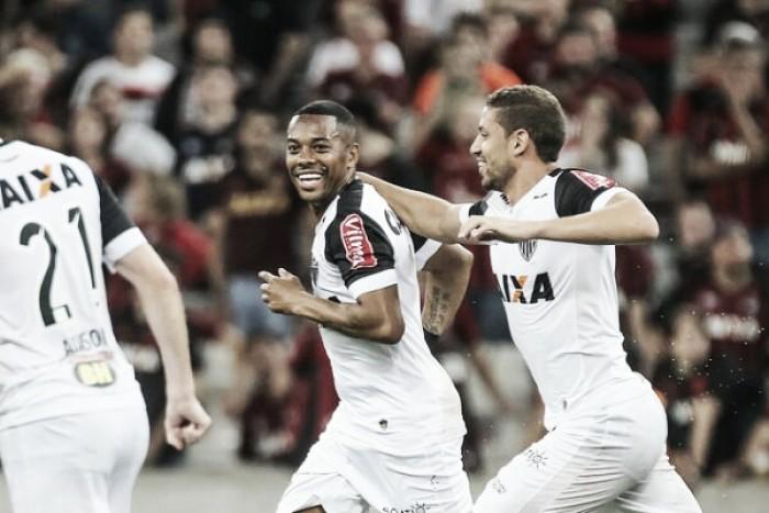 Robinho encerra jejum, Atlético-MG bate Atlético-PR e respira no Brasileiro