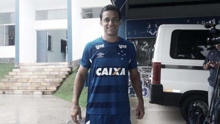 """Fred é apresentado no Cruzeiro e demonstra amor ao clube: """"Time do coração"""""""