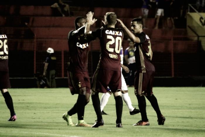 Estreante Gabriel marca, Sport bate Afogados da Ingazeira e assume liderança provisória