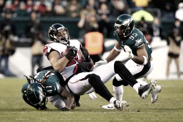Três titulares dos Eagles sofrem com gripe às vésperas do Super Bowl
