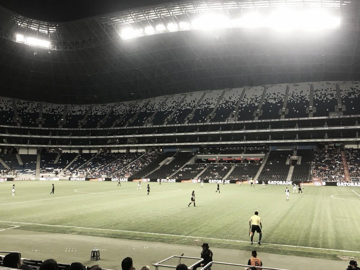 Aguerrido empate entre Rayadas y Chivas; nada para nadie