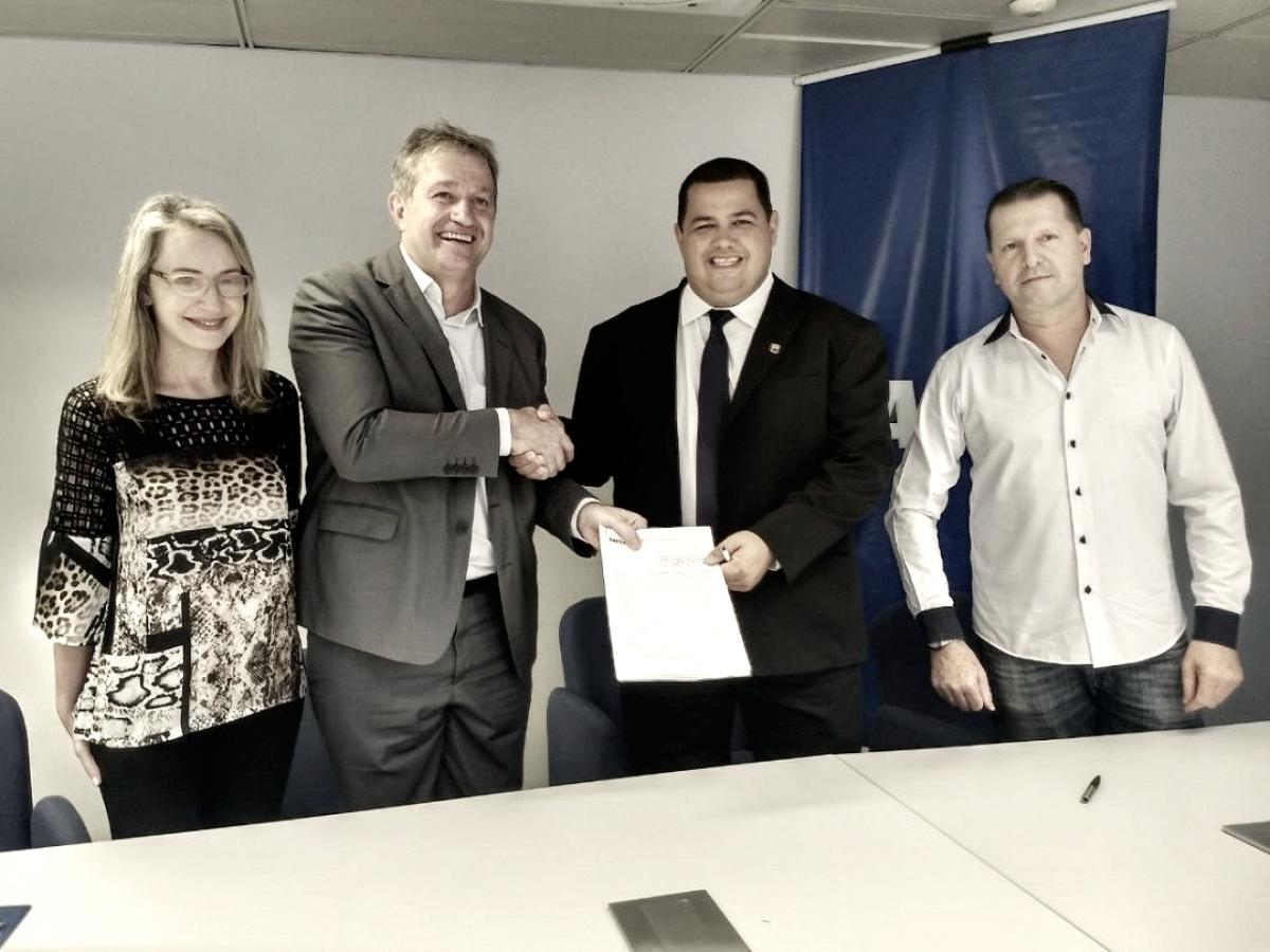 Depois de quatro anos, Caixa volta a ser patrocinador master do Paraná