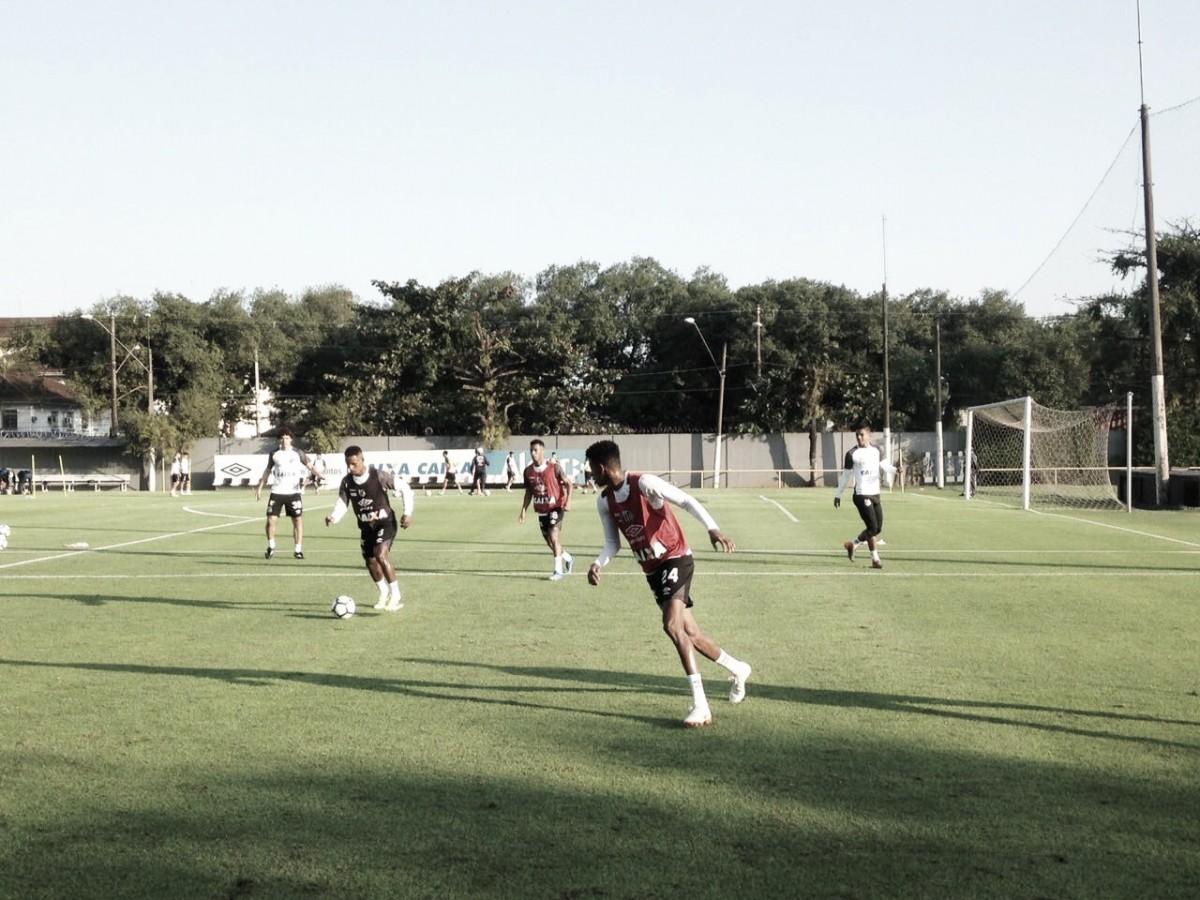 Com titulares em campo, Santos se reapresenta após amistosos no México