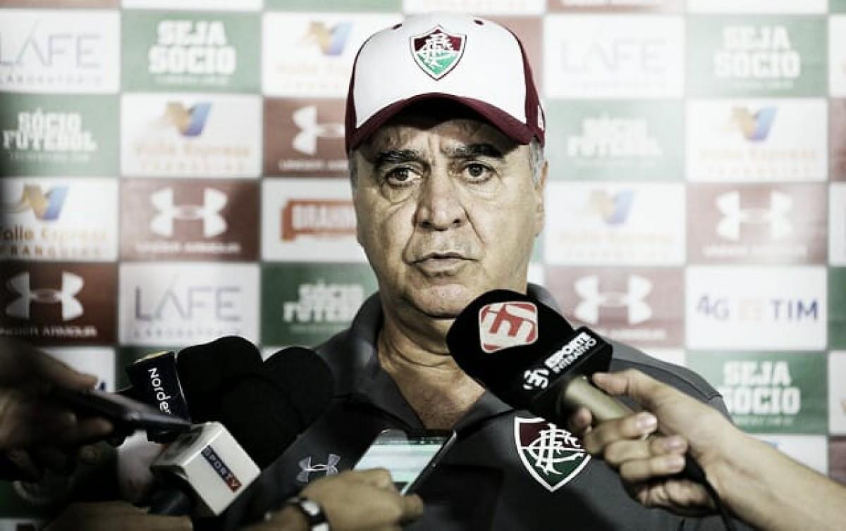 """Derrotado pela primeira vez no Fluminense, Marcelo Oliveira crê em trabalho: """"Não está perdido"""""""