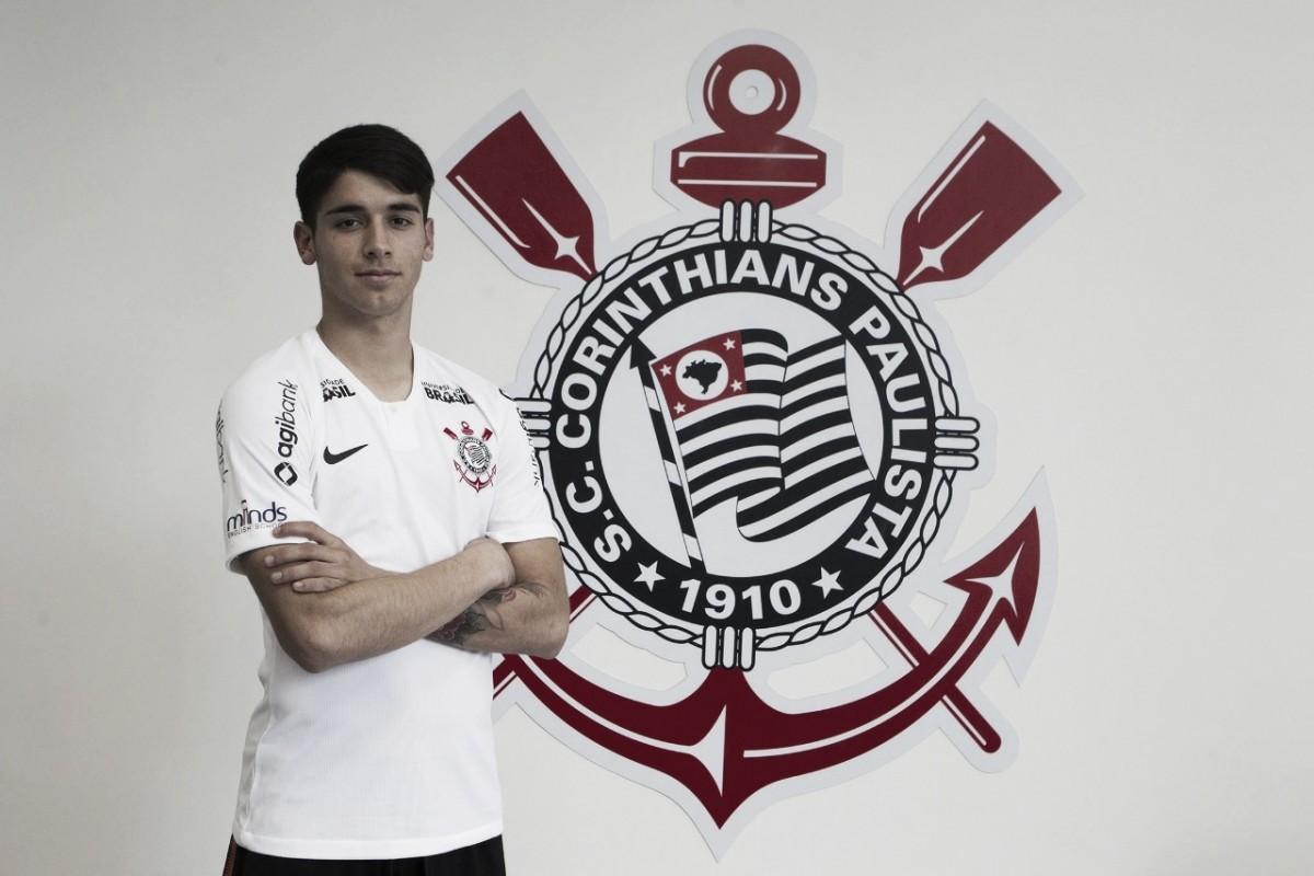Olho no chileno: Corinthians anuncia contratação de Ángelo Araos