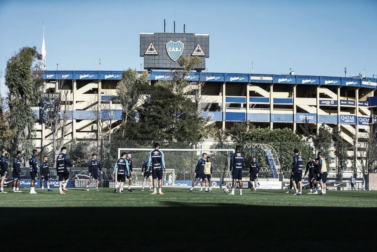 Renato conversa com elenco e abre brecha para equipe com dois centroavantes na Argentina