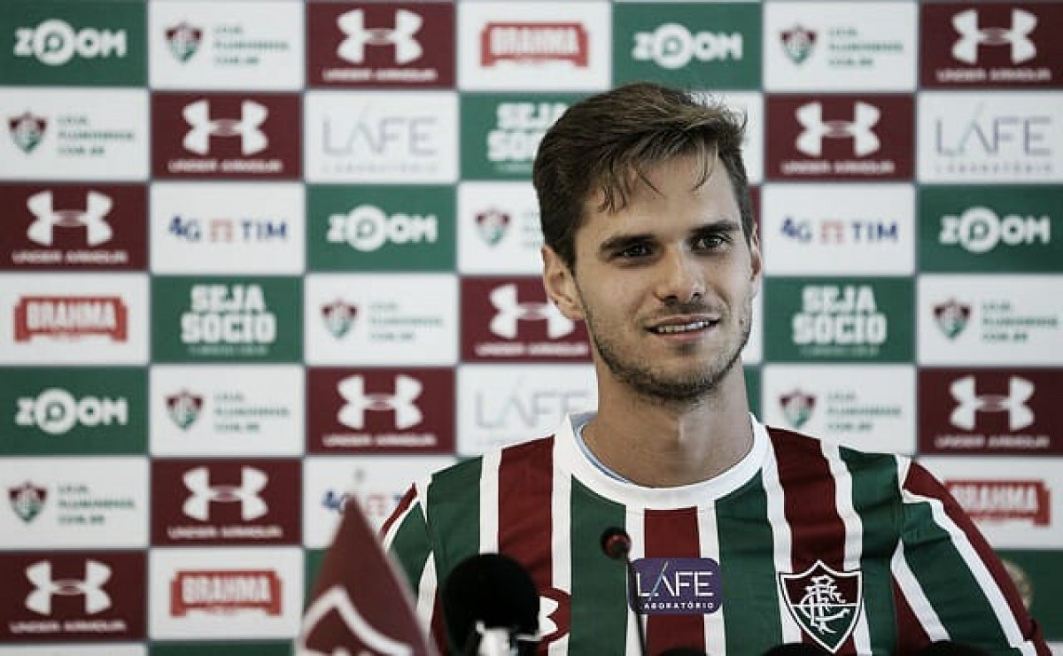Paulo Ricardo destaca qualidade no jogo aéreo e velocidade em apresentação no Fluminense