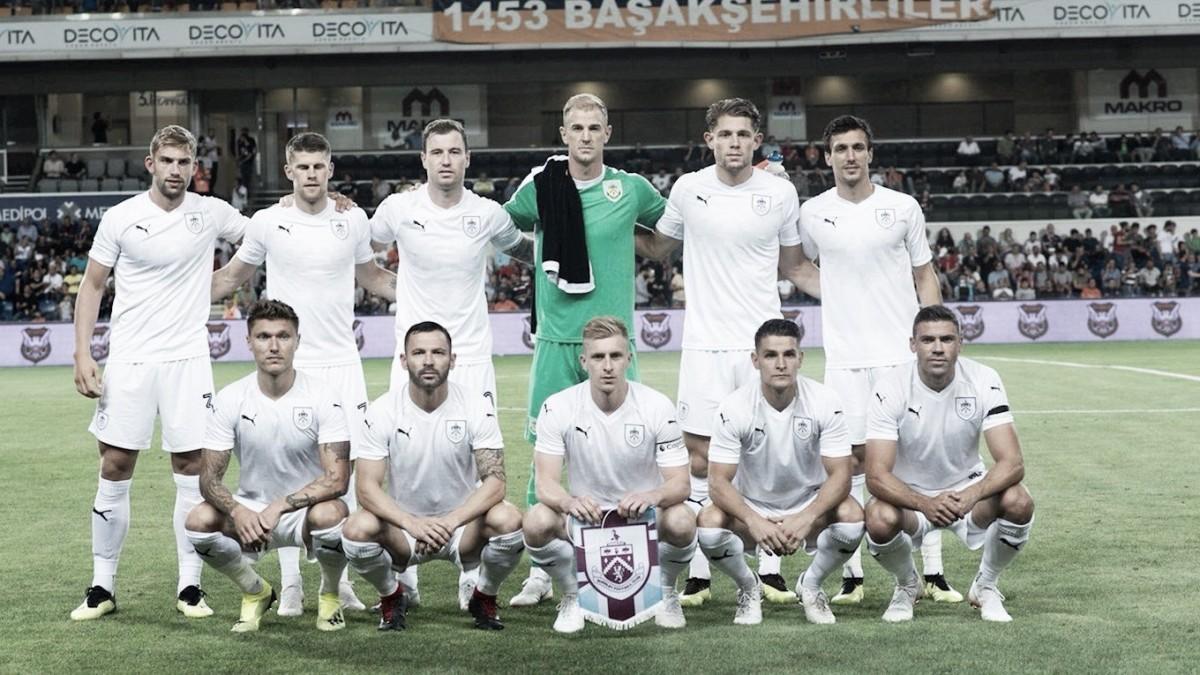 Burnley empata com Istambul pela Liga Europa na estreia de Joe Hart