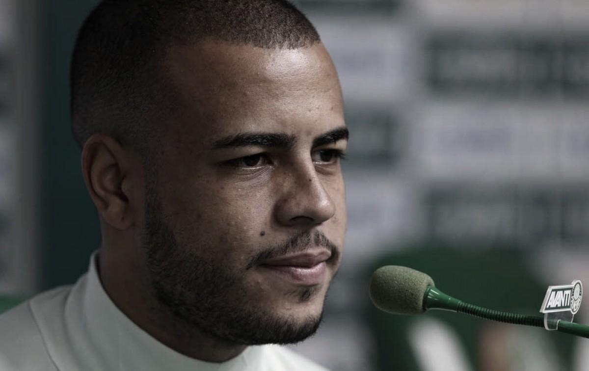 """Mayke descarta favoritismo do Palmeiras contra Bahia: """"Todos sabemos que será um jogo difícil"""""""