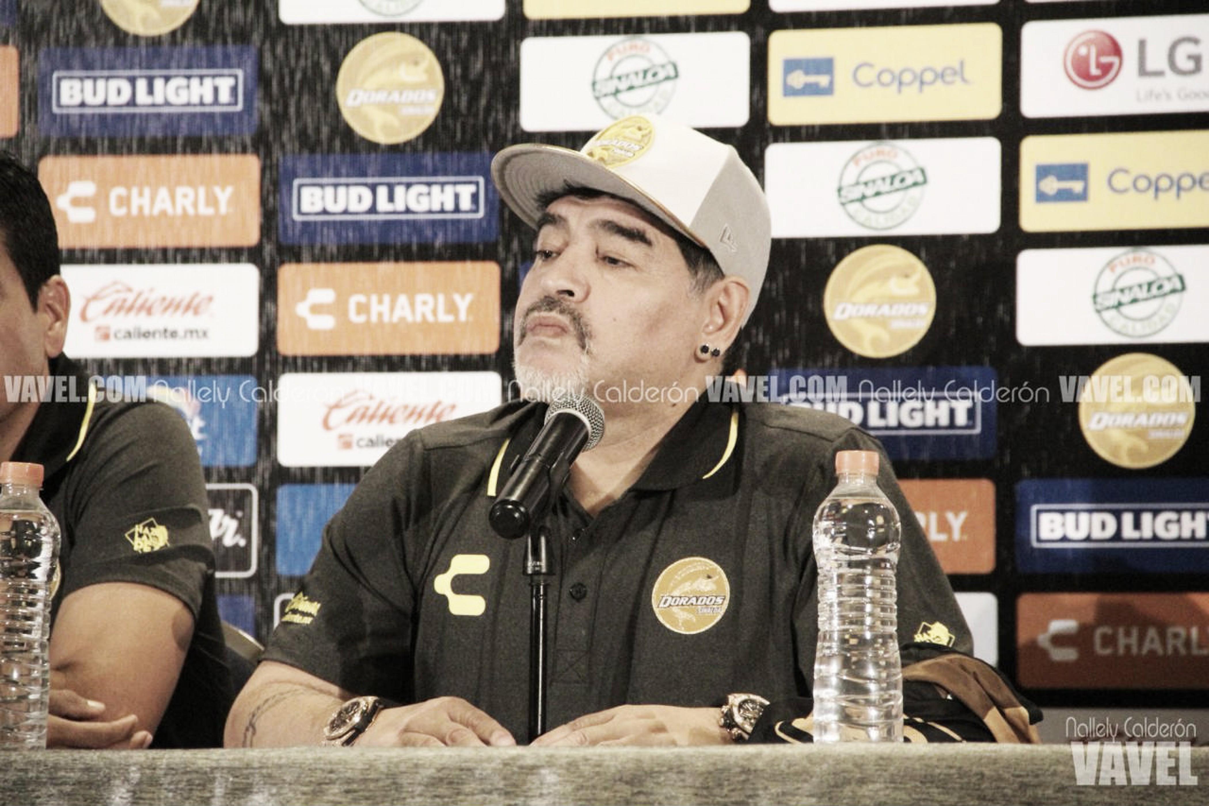 Diego Armando Maradona arriba a Dorados