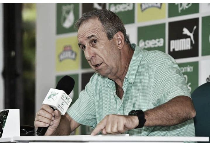 Gerardo Pelusso le abre una posibilidad a Carlos Carbonero