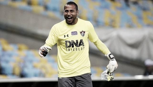Fluminense encaminha compra de Rodolfo e renovação de Júlio César