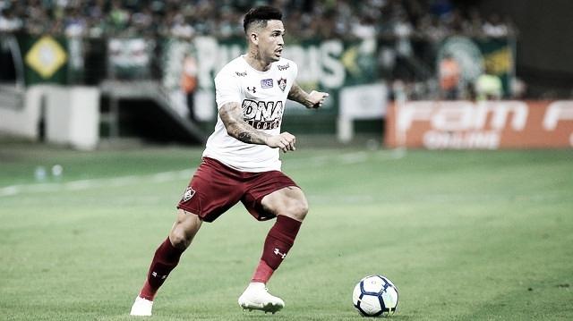 Luciano repudia vaias após novo tropeço do Fluminense : ''Estamos tentando honrar a camisa''