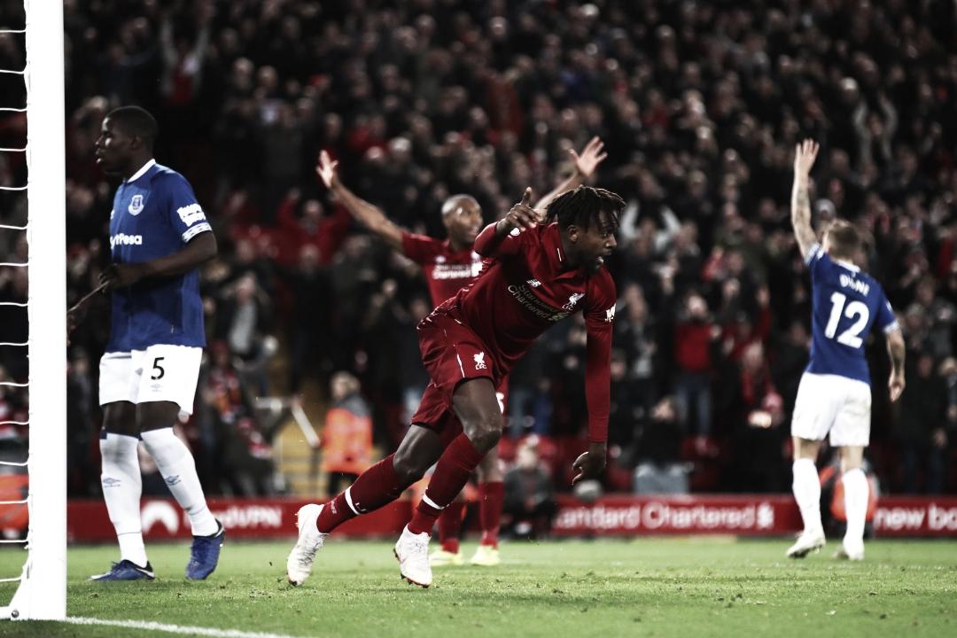 Em jogo decidido no fim, Liverpool vence o Everton e continua caça ao Manchester City