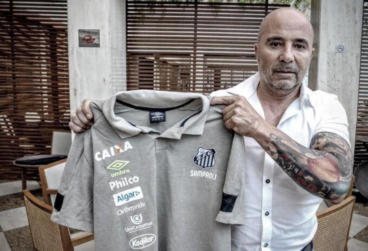 Santos anuncia Jorge Sampaoli como novo técnico