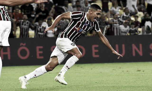 Fluminense encaminha a permanência do lateral Gilberto