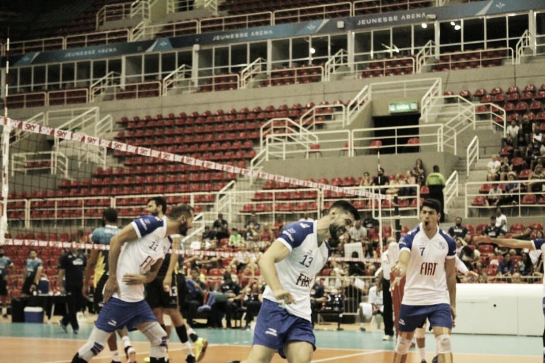 Jogadores do Minas exaltam aproveitamento de saque e defesa em vitória sobre Sesc-RJ