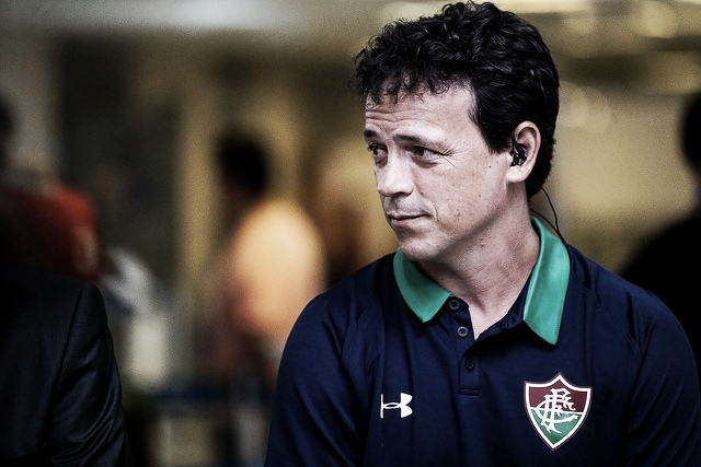 "Fernando Diniz ainda acredita na chegada de Ganso ao Fluminense: ""O interesse é mútuo"""