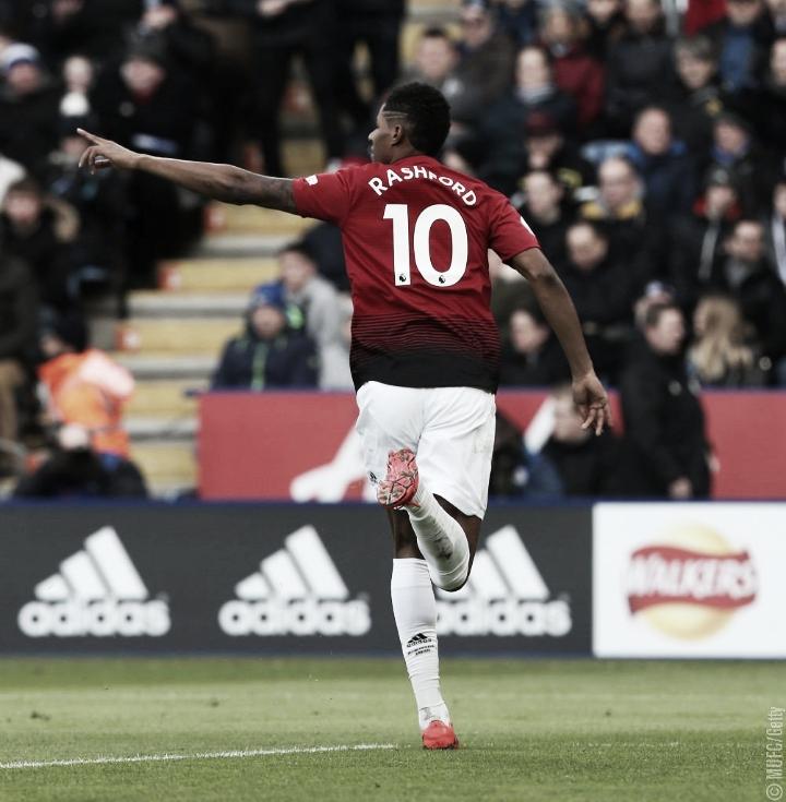 Em jogo de poucas oportunidades, Manchester United marca no início e venceLeicesterfora de casa