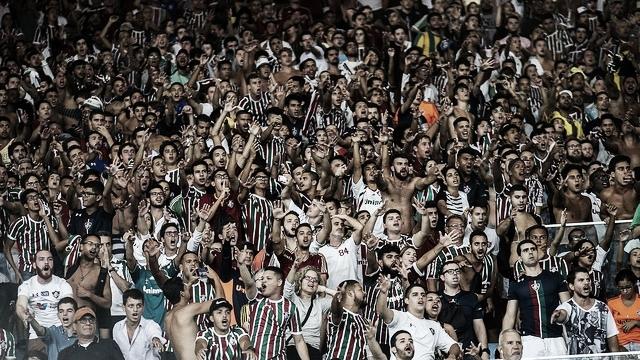 Fluminense e Vasco se reúnem para decidir qual das torcidas ocupará setor sul do Maracanã