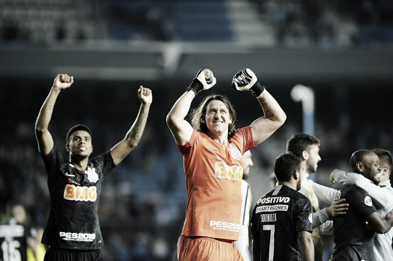 Nos pênaltis, Cássio garante passagem do Corinthians pelo Racing na Sul-Americana