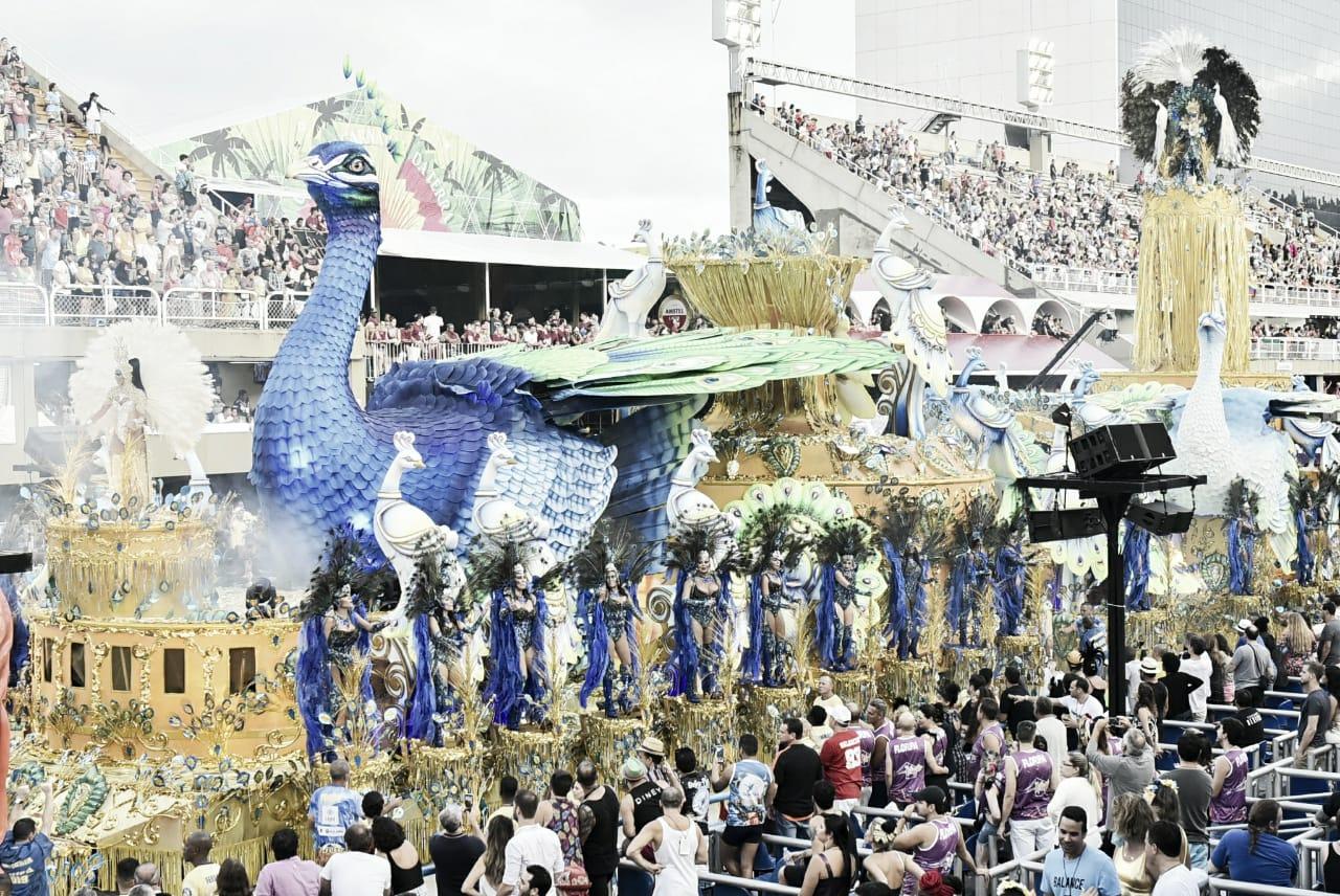 Guia CarnaVAVEL: sete escolas desfilam para fechar com chave de ouro o Grupo Especial do Rio