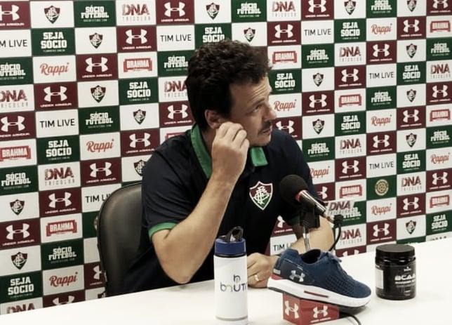 """Ganso marca, Flu goleia e Diniz elogia o camisa 10: """"Vem correspondendo às expectativas"""""""