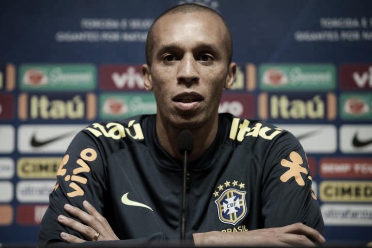 Miranda nega pressão por título da Copa América e diz que não pensa em despedida da Seleção