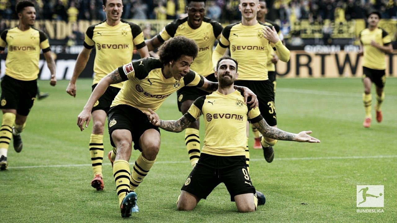 Bayern empata, Borussia Dortmund vence com show de Paco e Bundesliga tem novo líder