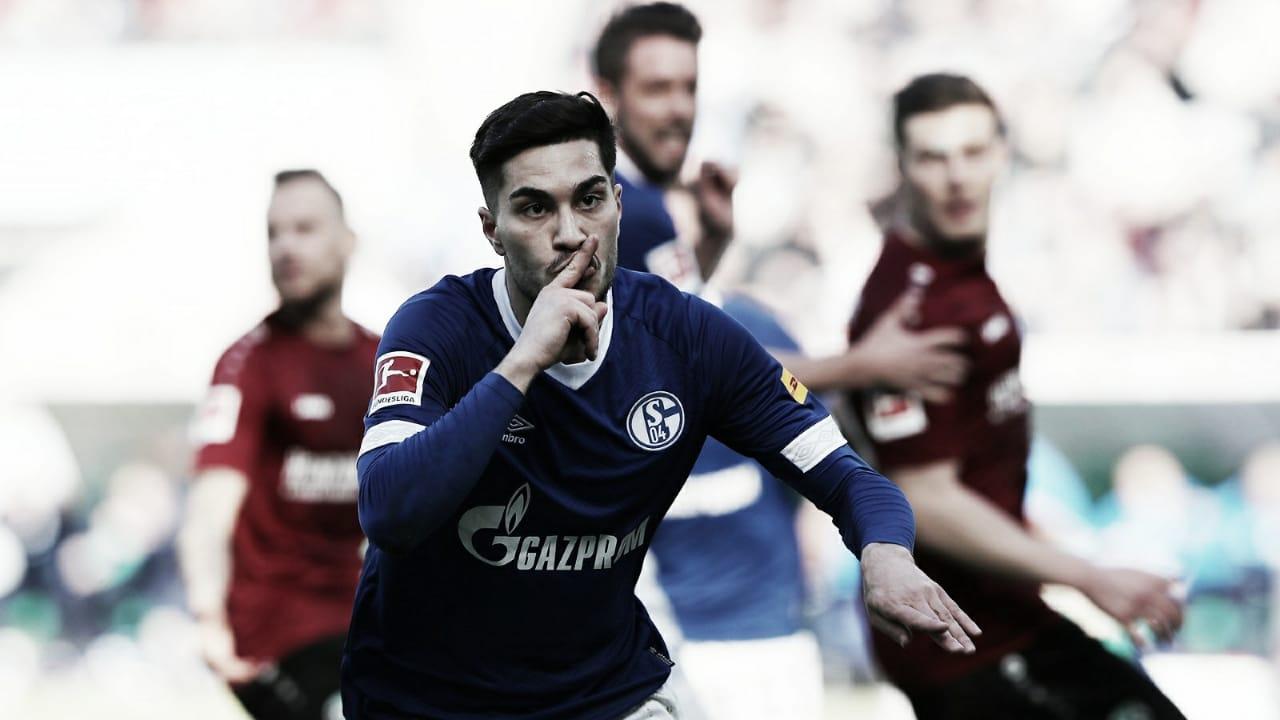 Em confronto de desesperados, Schalke vence Hannover e respira na Bundesliga