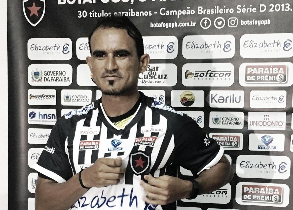 """Enercino demonstra otimismo na chegada ao Botafogo-PB: """"Espero que o acesso possa vir neste ano"""""""
