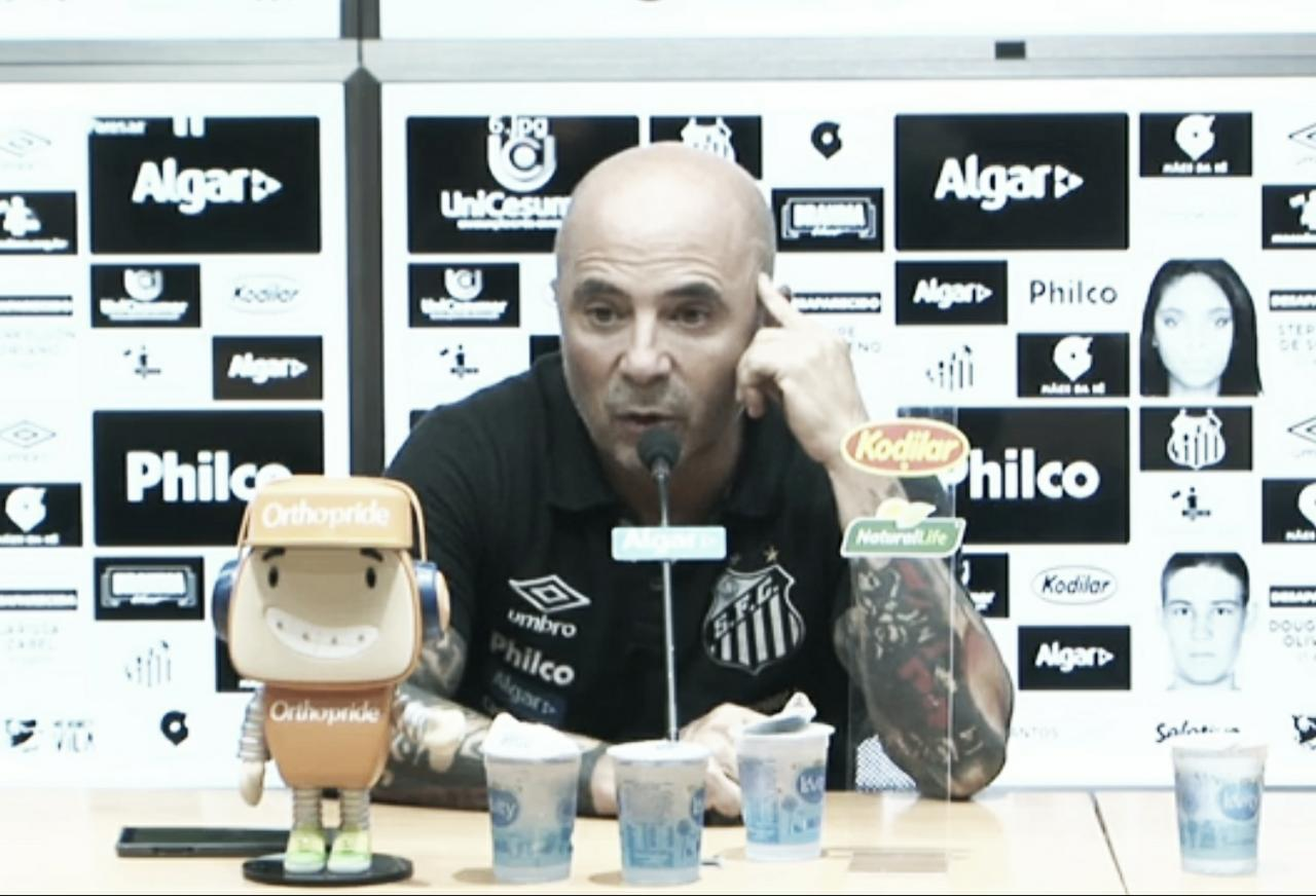 """Sampaoli assume responsabilidade por empate do Santos: """"São jogos difíceis de explicar"""""""