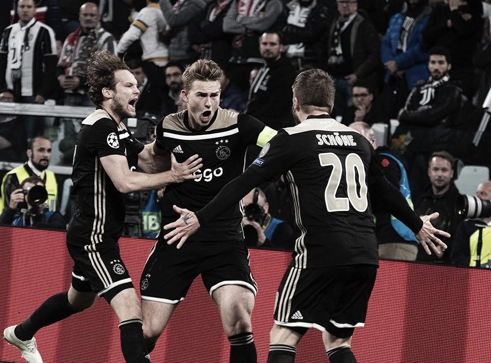 Ajax faz história, vira contra Juventus em Turim e volta às semis da UCL após 22 anos