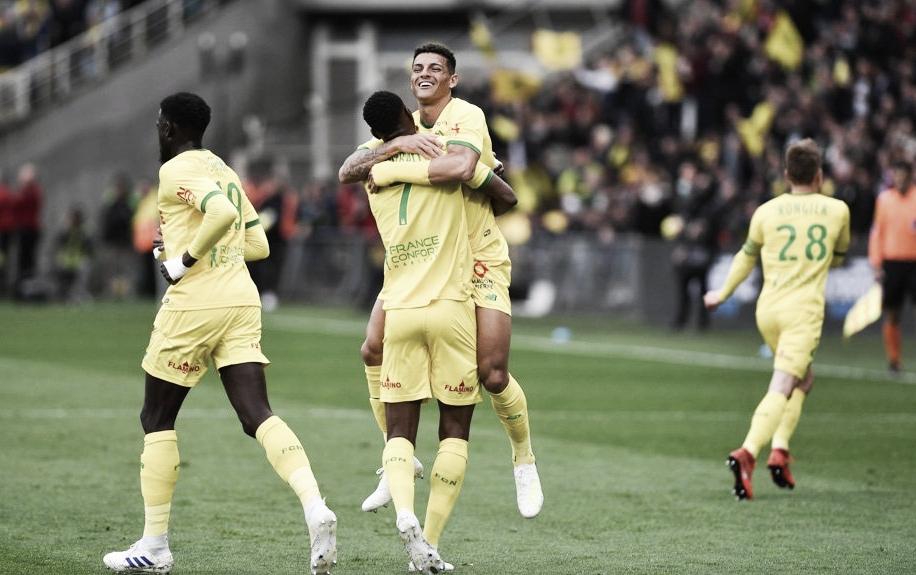 Festa adiada! Com gols de brasileiro, Nantes vence e adia título do PSG na Ligue 1