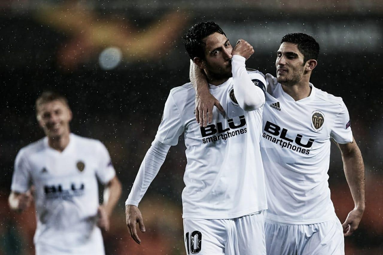 Valencia volta a vencer Villarreal e se classifica para as semis da Europa League
