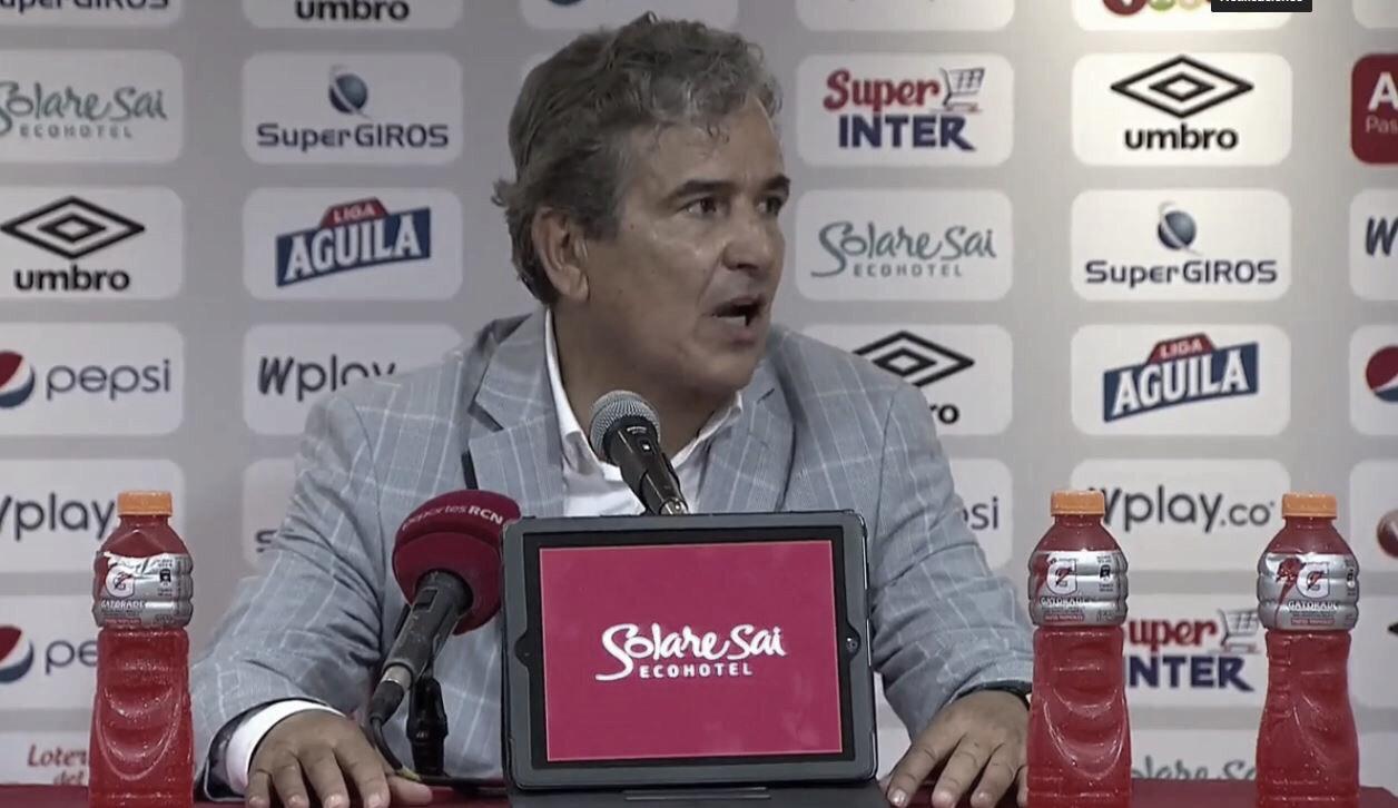 """Jorge Luis Pinto: """"Fuimos seguros, pero no me gustó jugar los últimos minutos tan atrás"""""""