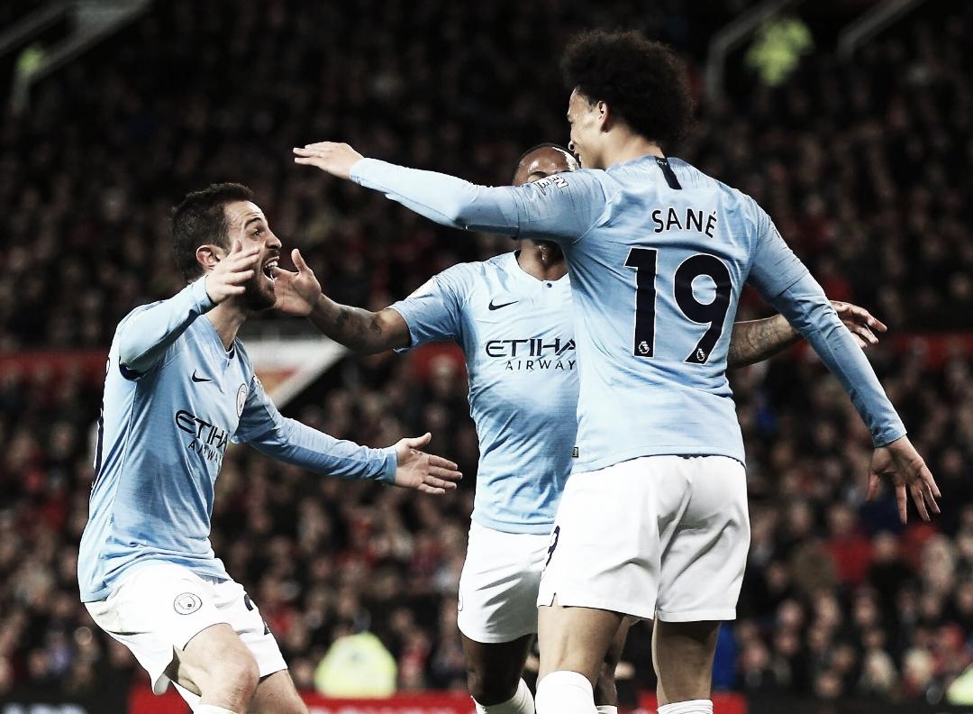 Manchester City bate United no Old Trafford e se aproxima do bicampeonato da Premier League