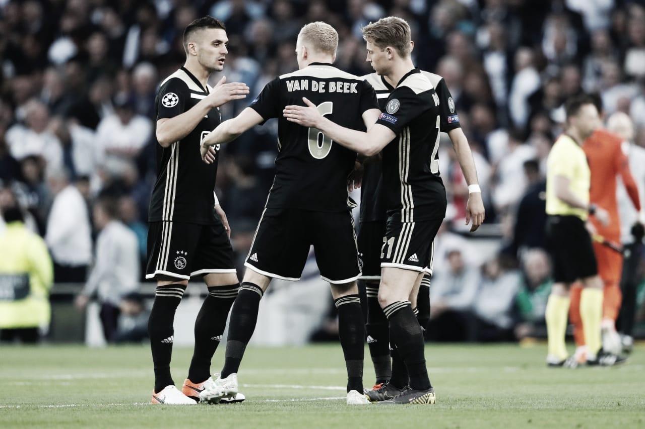Ajax derrota Tottenham em Londres e põe um pé na final da Champions League