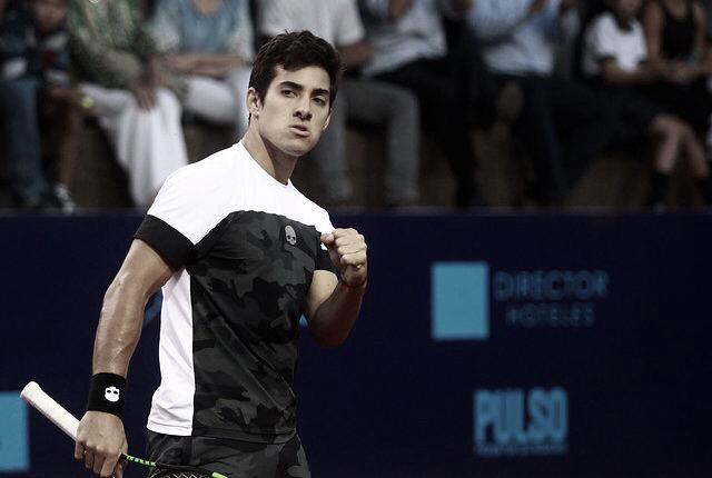 Garín en semifinales tras vencer a Zverev