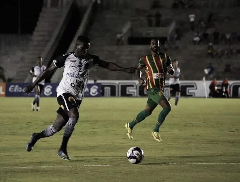 Sampaio Corrêa recebe Botafogo-PB para manter 100% na Série C