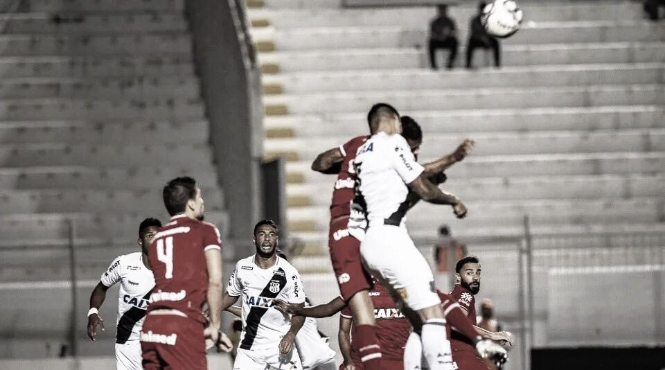 Vila Nova e Ponte Preta se enfrentam na Série B em busca da primeira vitória