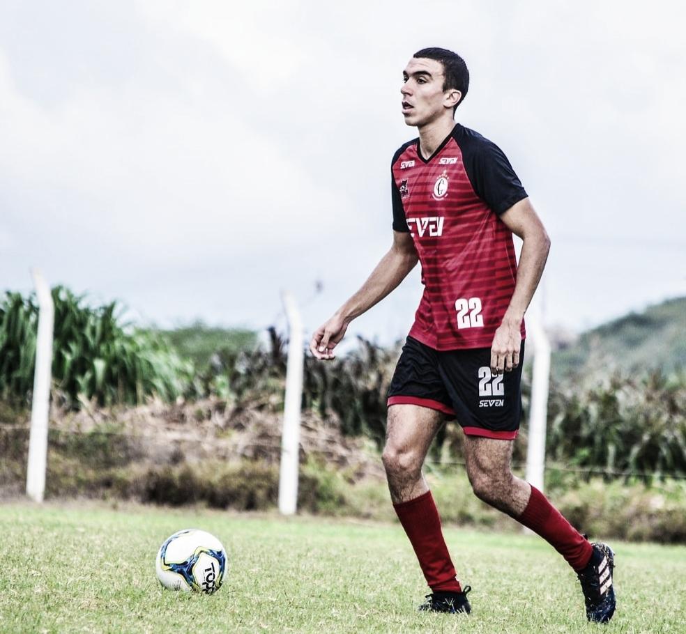 """Henrique Mattos garante motivação extra do Campinense contra o Náutico: """"É diferente"""""""