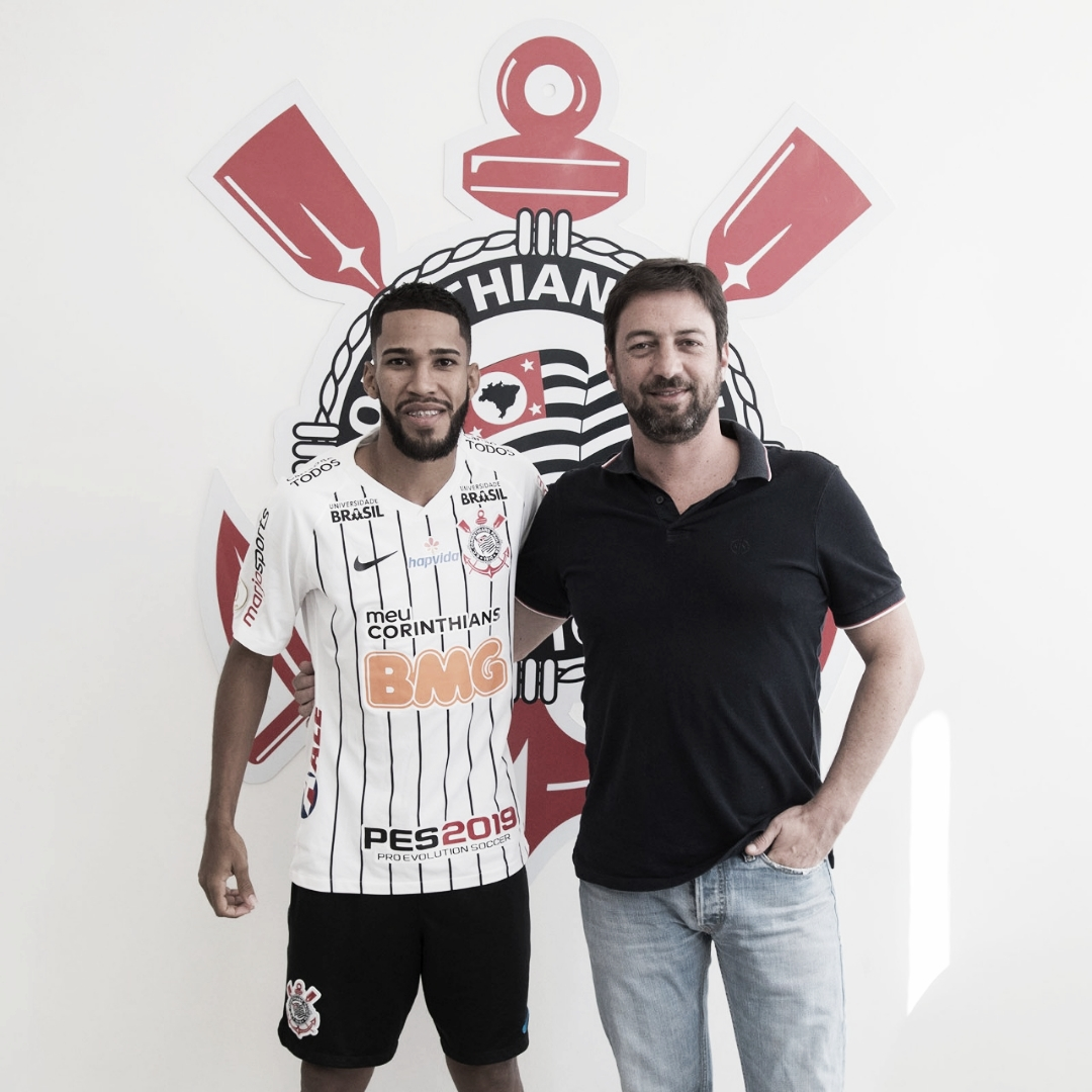 Corinthians anuncia seu décimo quarto reforço na temporada: Everaldo, ex-Fluminense