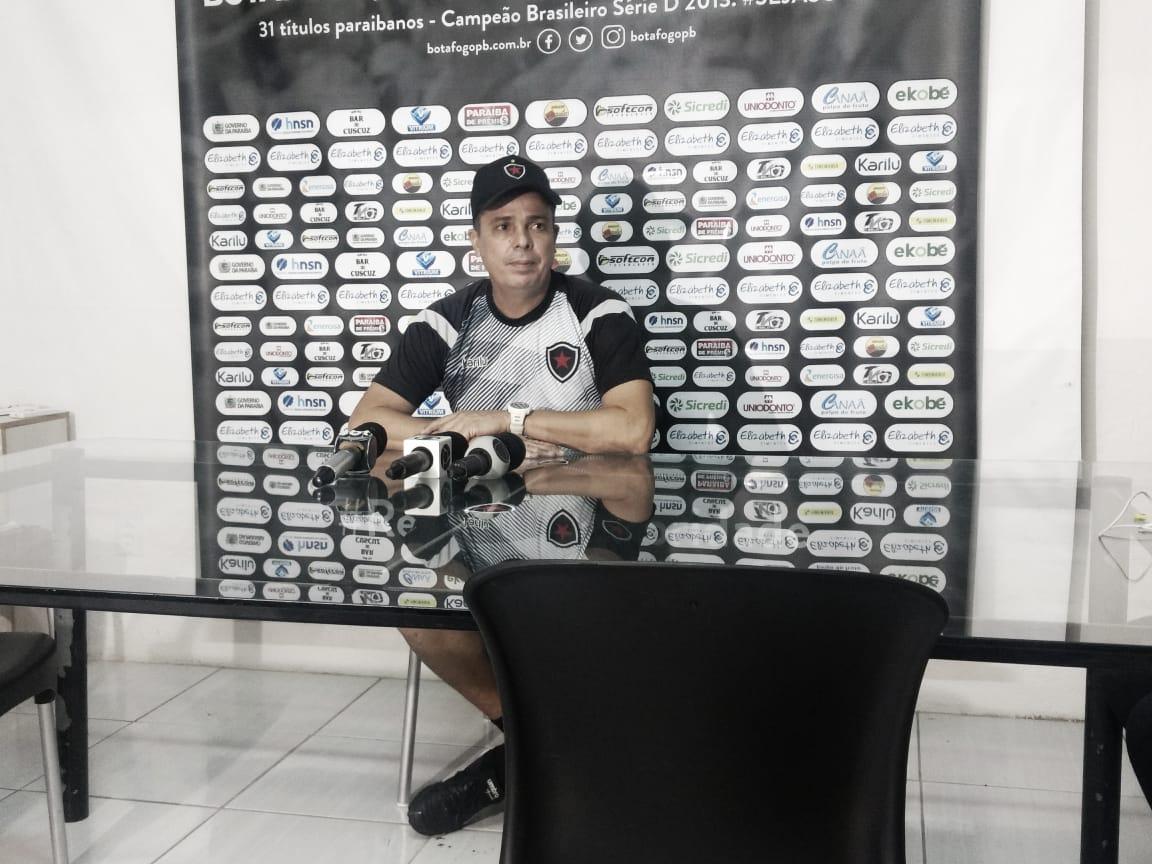 """Evaristo Piza confessa insatisfação pela derrota, mas afirma: """"Não há tempo para lamentar"""""""