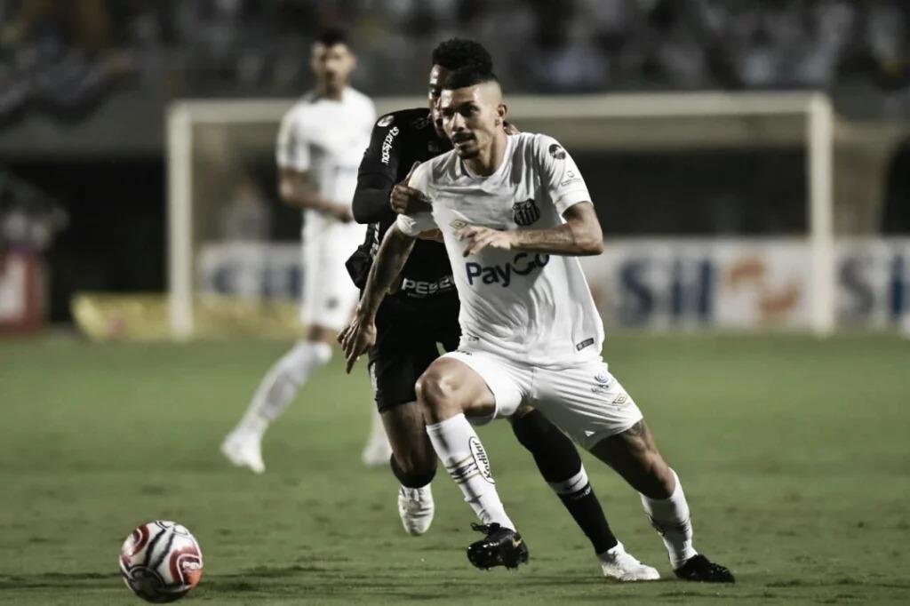 Desfalcados, Santos e Corinthians fazem clássico alvinegro na Vila Belmiro