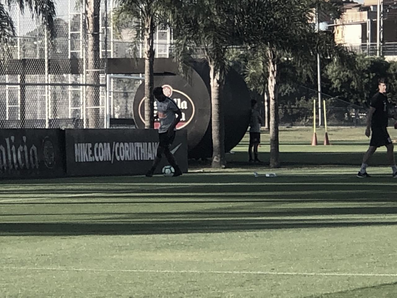 Corinthians se reapresenta após pausa da Copa América e treina com desfalques