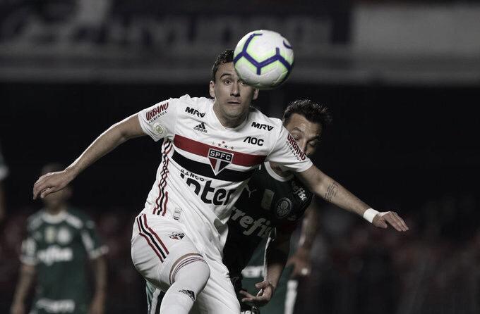 Pablo sofre lesão no tornozelo e desfalca São Paulo por quatro semanas