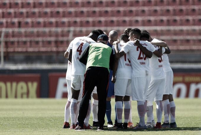 Bragantino e Ponte Preta duelam noNabizão pela liderança da Série B