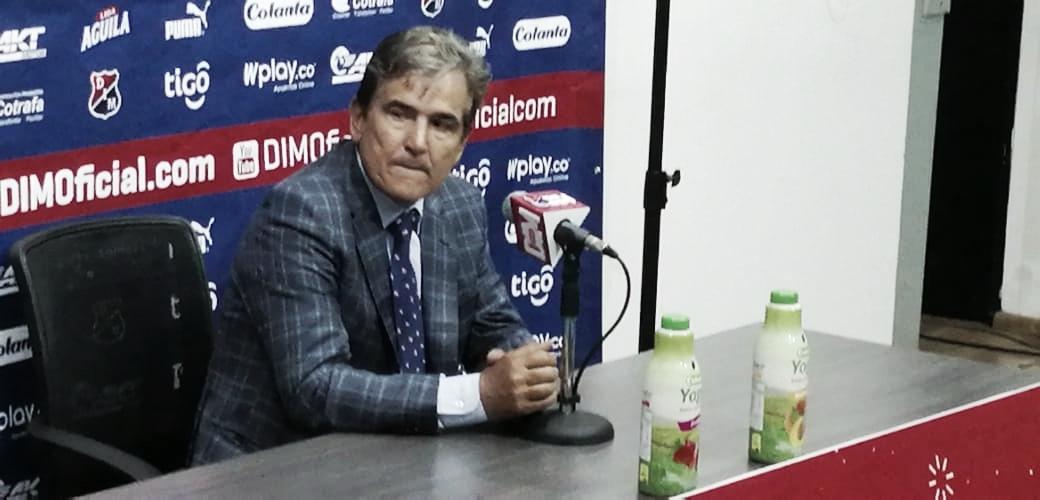 """Jorge Luis Pinto: """"Los descuidos los cobra el fútbol"""""""