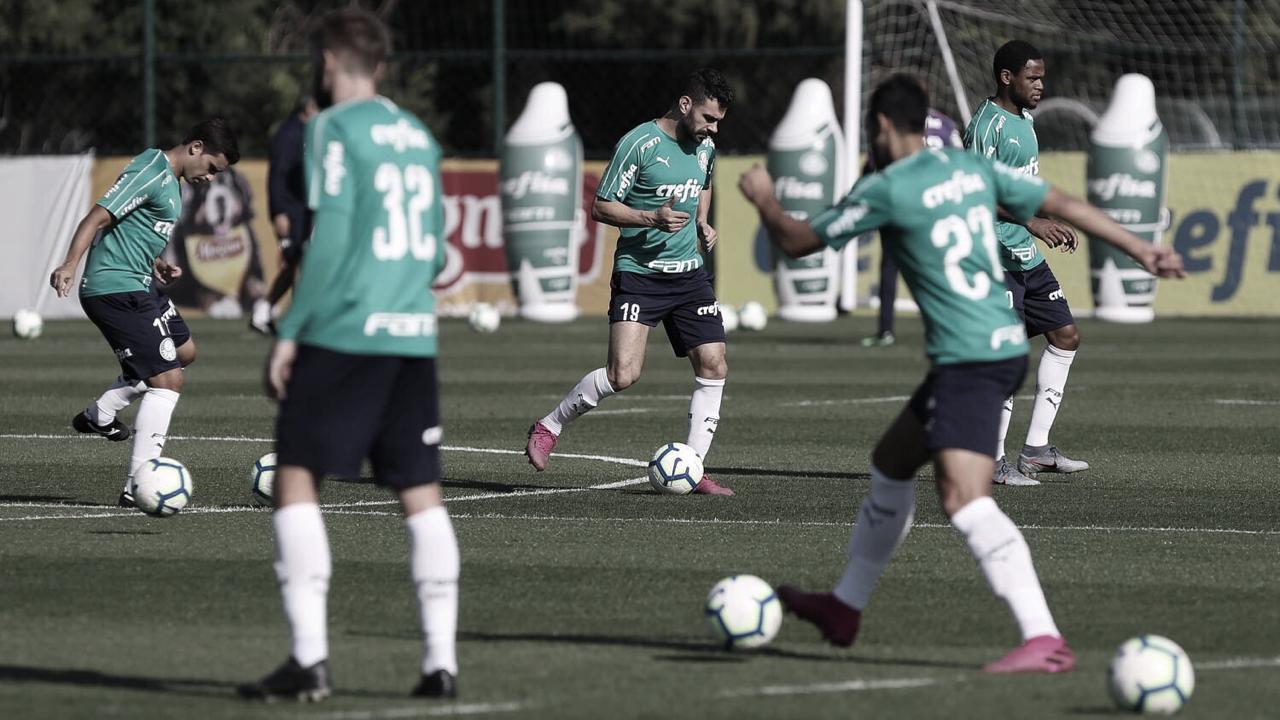 Palmeiras enfrenta Bahia buscando primeira vitória após Copa América